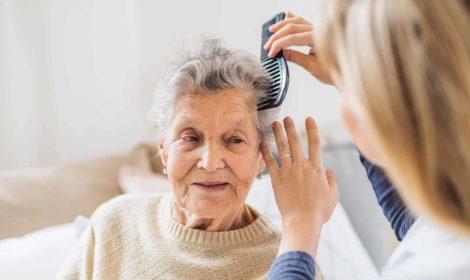 seniorenassistenz körperpflege